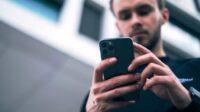 Cara Mengunci Foto di iPhone